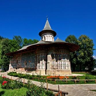 Voronet-Monastery1